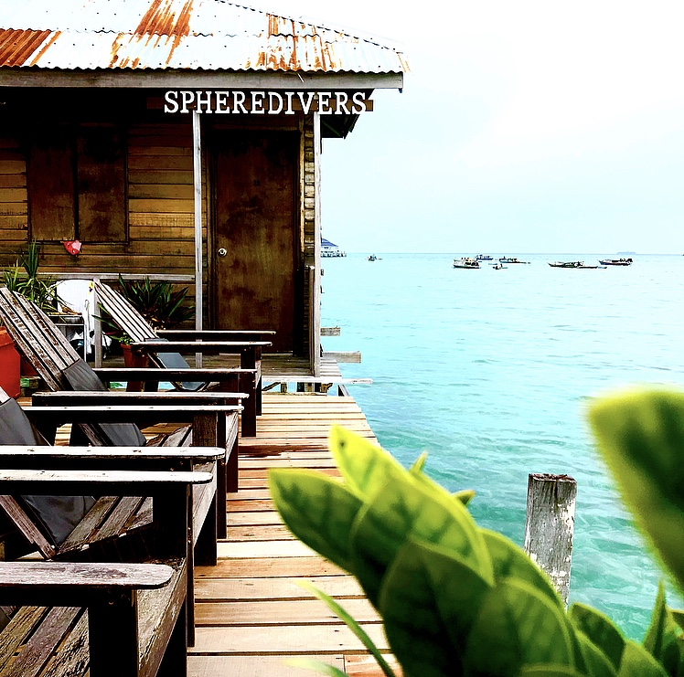 Borneo diving package