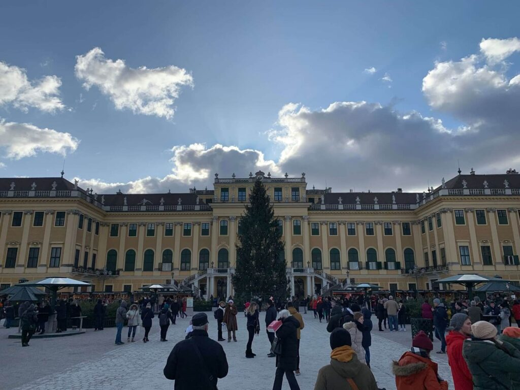 Places to visit Vienna in December