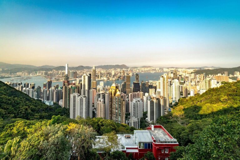Things to do in Hong Kong alone