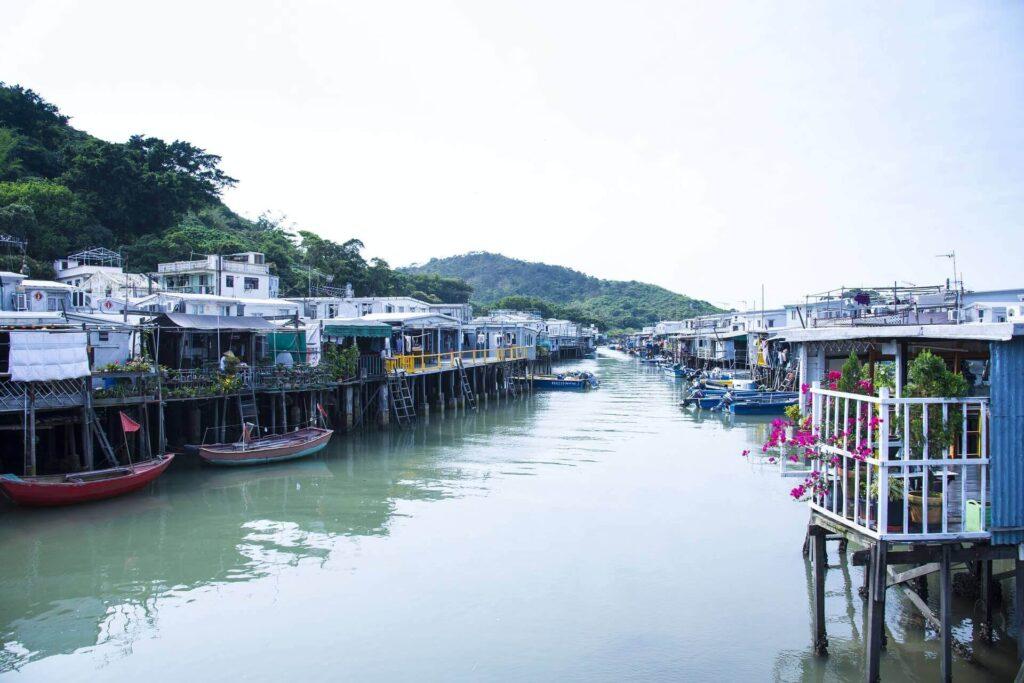 Traveling to Hong Kong alone