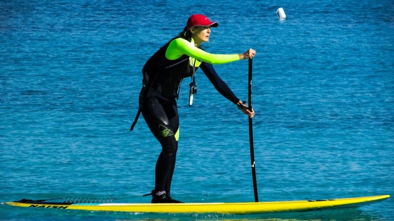 life jackets paddle boarding